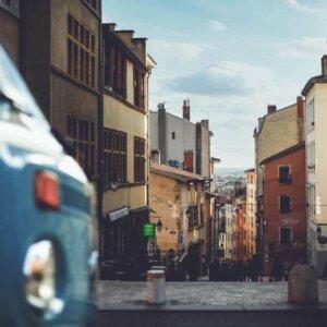 croix rousse lyon van volkswagen balade vintage